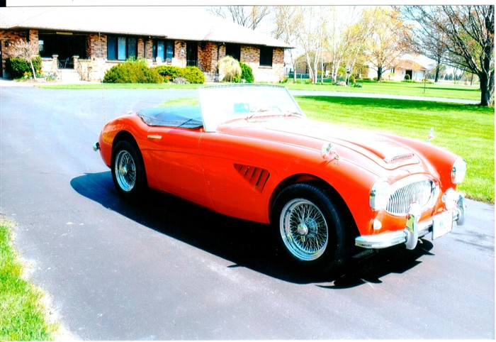 1962_austin_healey_bt7_tricarb_01